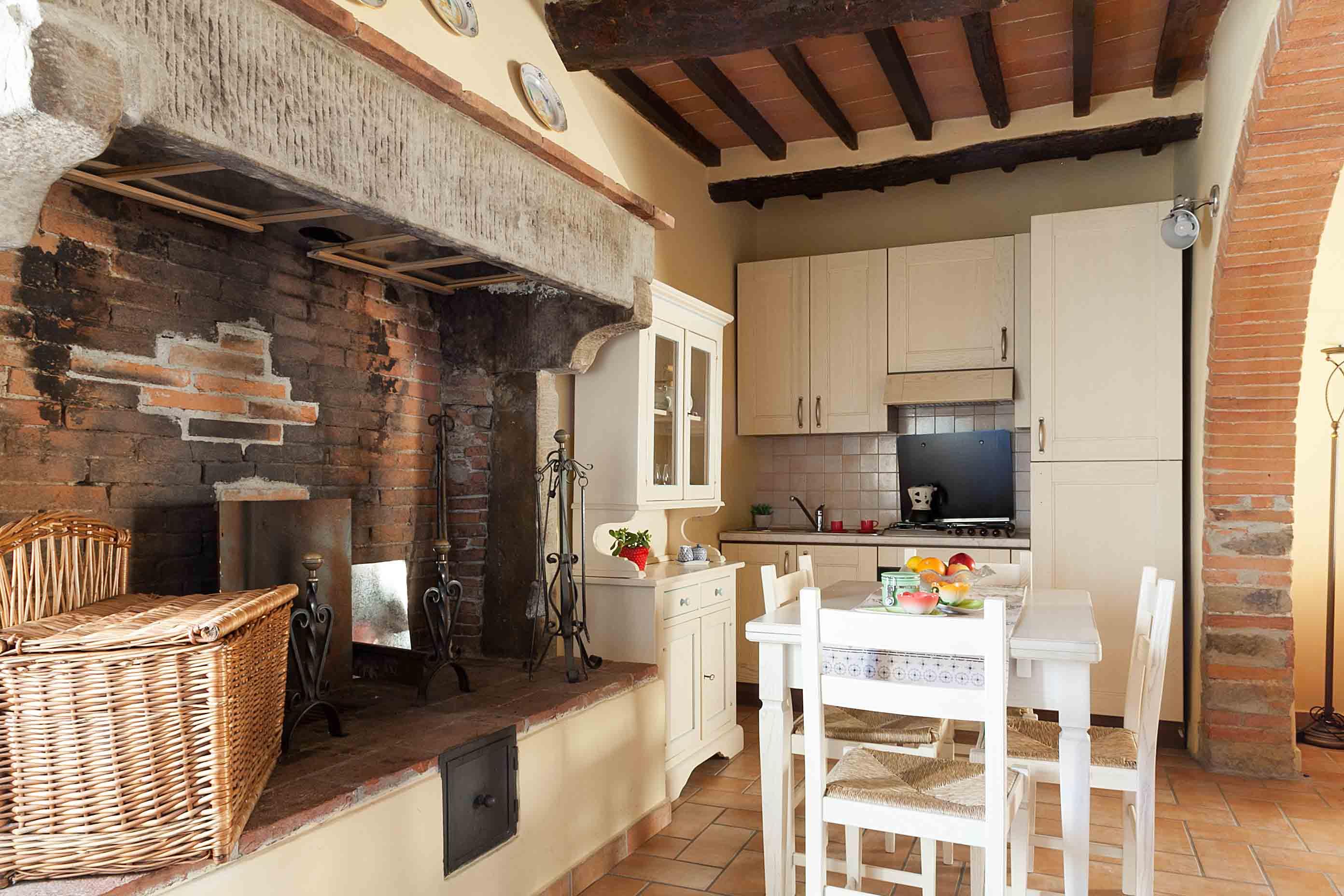 appartamento vendita Loc le Poggiola Arezzo1